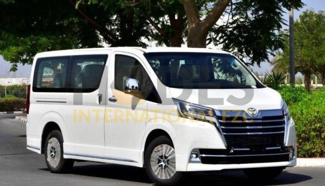 VIP TOYOTA GRANVIA PREMIUM 3,5L PETROL – 6 SEATER – 2020 model