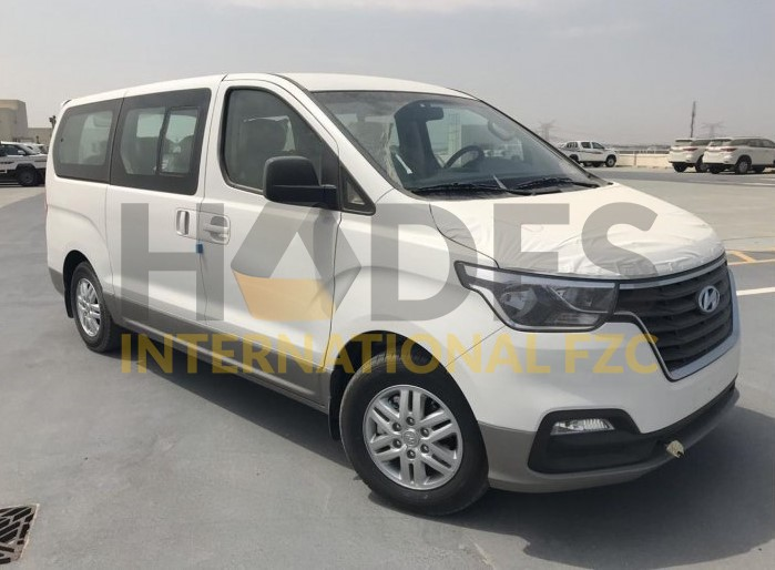 Hyundai H-1 Petrol 12 seats AT 2020 Model