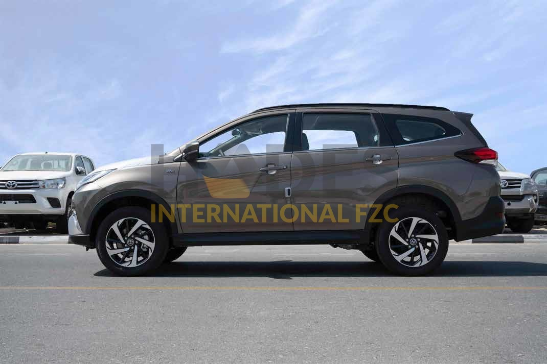 TOYOTA RUSH 1,5L V4 4х2 G 7 seats Petrol Automatic 2020